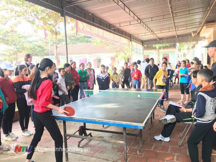 Các bộ môn thi đấu thu hút đông đảo khán giả theo dõi.