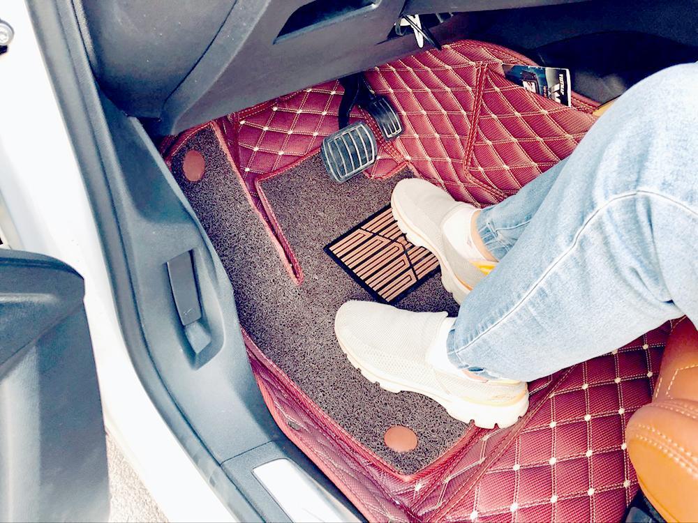 Thảm lót sàn theo xe là lựa chọn an toàn nhất (Ảnh minh họa)