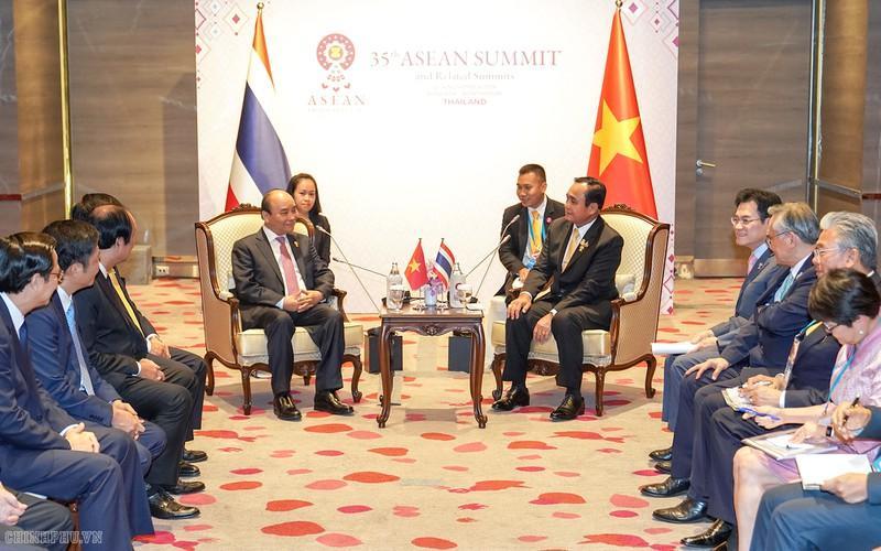 Thủ tướng Nguyễn Xuân Phúc và Thủ tướng Thái Lan Prayuth Chan-o-cha.