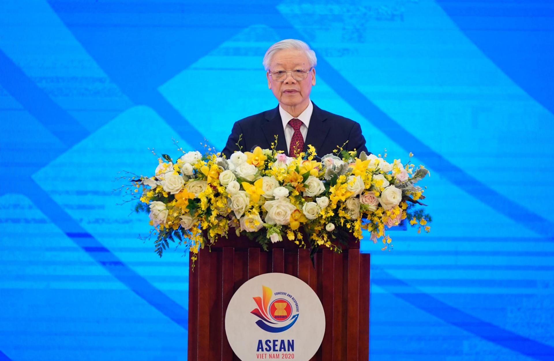 Tổng Bí thư, Chủ tịch nước Nguyễn Phú Trọng phát biểu chào mừng tại lễ khai mạc Hội nghị Cấp cao ASEAN lần thứ 37.