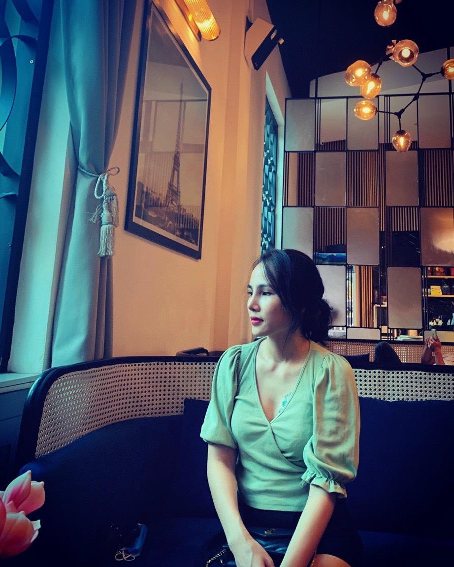 Đối tượng Nguyễn Thị Hậu thường khoe cuộc sống sang chảnh trên mạng xã hội.