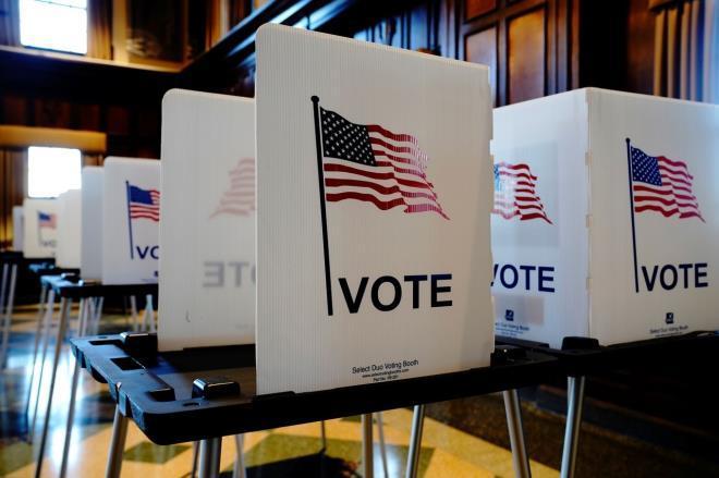 Quan chức an ninh bầu cử Mỹ cho rằng, không có lỗi hệ thống bỏ phiếu hay phiếu bầu bị thất lạc. (Ảnh: Reuters)