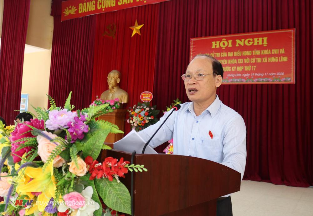 Đại biểu Hoàng Văn Phi - Chủ tịch UBND huyện Hưng Nguyên giải trình tại buổi tiếp xúc.