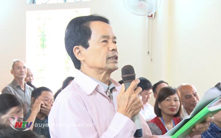 Cử tri xã Kỳ Tân, huyện Tân Kỳ nêu ý kiến, kiến nghị.