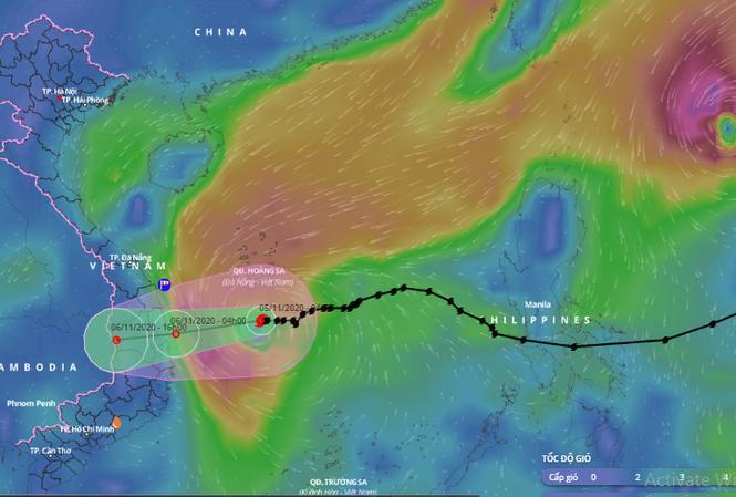 Bão số 10 đang áp sát bờ biển Phú Yên - Quảng Ngãi.