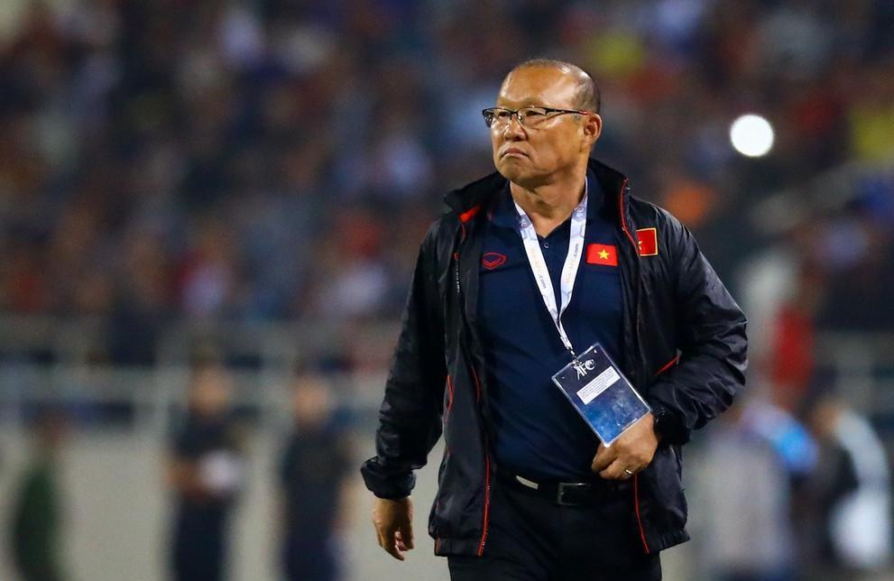 Niềm vui của HLV Park sau khi đánh bại Indonesia ở chung kết SEA Games.
