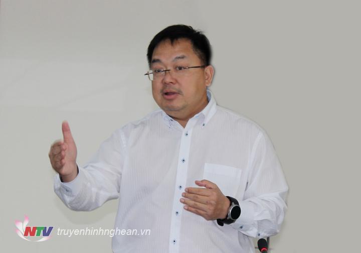   Doanh nhân – Diễn giả Hoàng Nam Tiến: Xu thế truyền hình toàn cầu trong tương lai chắc chắn sẽ gắn với internet.  