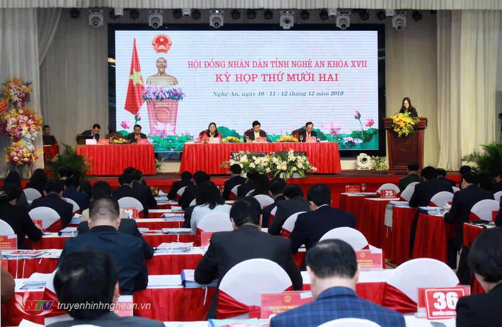 Toàn cảnh kỳ họp thứ 12 - HĐND tỉnh khóa XVII