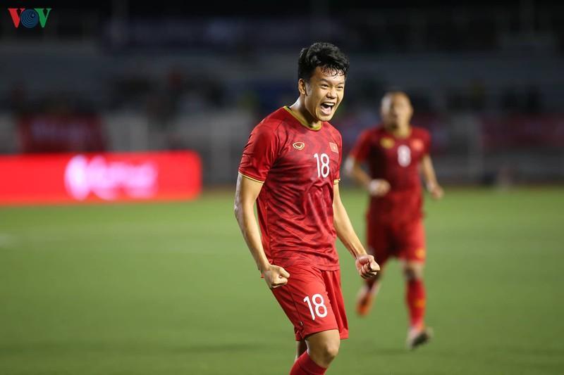 Hậu vệ: Nguyễn Thành Chung (1m80)