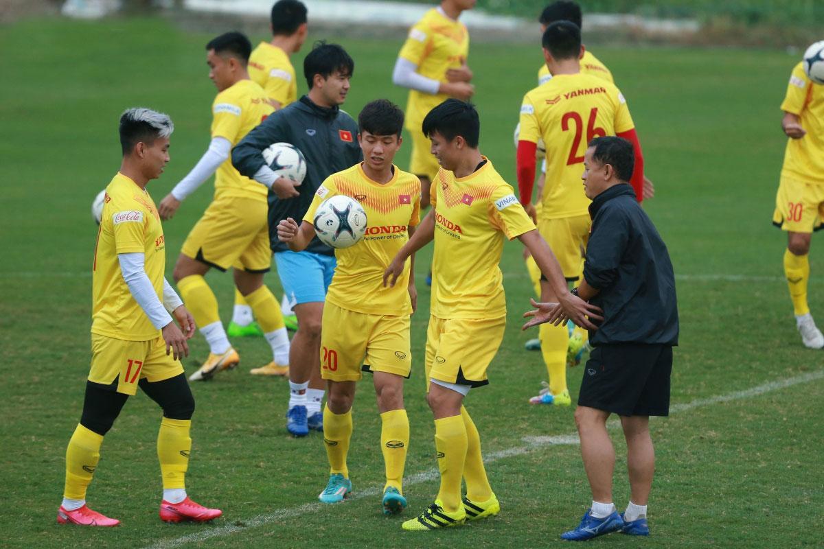 ĐT Việt Nam trở lại tập luyện tại Trung tâm đào tạo bóng đá trẻ VFF