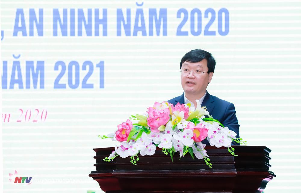 Đồng chí Nguyễn Đức Trung - Phó Bí thư Tỉnh ủy, Chủ tịch UBND tỉnh phát biểu khai mạc Hội nghị.