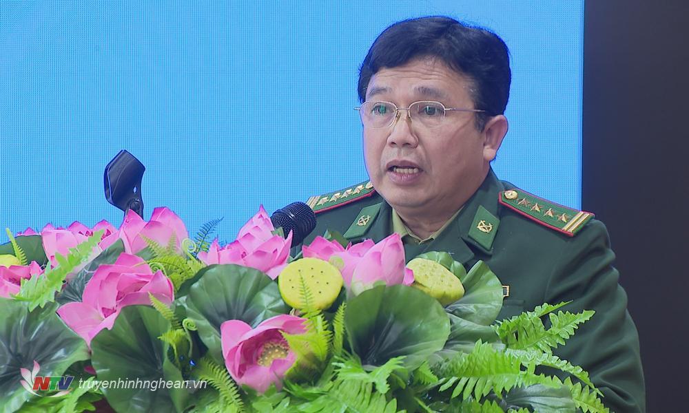 Đại tá Trần Đăng Khoa - Phó Chính ủy BĐBP tỉnh báo cáo kết quả phối hợp giữa Đảng ủy BĐBP tỉnh với các huyện, thị biên giới, ven biển năm 2020.