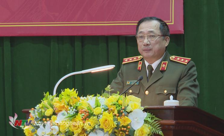 Thứ trưởng Bộ Công an - Thượng tướng Nguyễn Văn Thành phát biểu chỉ đạo tại hội nghị.