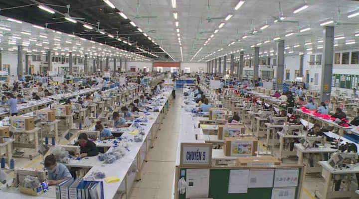 Các cụm công nghiệp đã góp phần giải quyết công việc cho lao động địa phương.