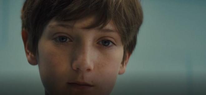 Brightburn: Đây là tác phẩm do đạo diễn Guardians of the Galaxy James Gunn sản xuất, do đó được giới chuyên môn đặt nhiều kỳ vọng khi ra mắt vào tháng 5/2019. Trong phim, cặp vợ chồng hiếm muộn Kyle và Tori nhận nuôi cậu bé Brandon. Tuy nhiên, ẩn sau hình bóng một cậu bé ngây thơ là một con ác quỷ.
