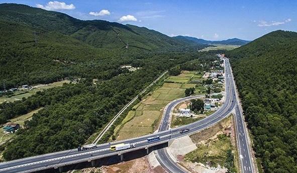 Hạ tầng giao thông miền tây Nghệ An đang được quan tâm đầu tư.