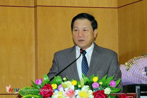 Phó Chủ tịch UBND tỉnh Lê Minh Thông phát biểu chúc mừng.