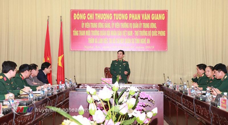 Thượng tướng Phan Văn Giang phát biểu tại cuộc làm việc.