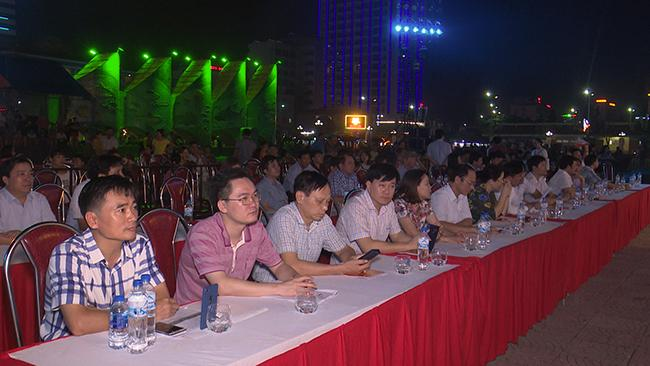 Đại diện các sở ban ngành tỉnh Nghệ An và thị xã Cửa Lò tham dự buổi lễ