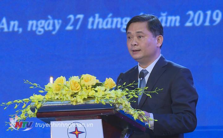 Chủ tịch UBND tỉnh Thái Thanh Quý phát biểu tại buổi lễ.