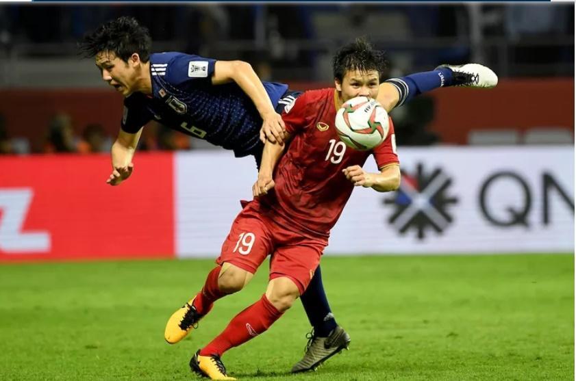 """Quang Hải, trụ cột của U22 và ĐT Việt Nam, là 1 trong những tuyển thủ """"cày"""" nhiều nhất nửa đầu năm 2019."""