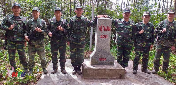 Hoạt động tuần tra song phương càng củng cố thêm tình đoàn kết hữu nghị đặc biệt giữa 2 nước Việt Nam – Lào nói chung, giữa 2 đơn vị nói riêng.