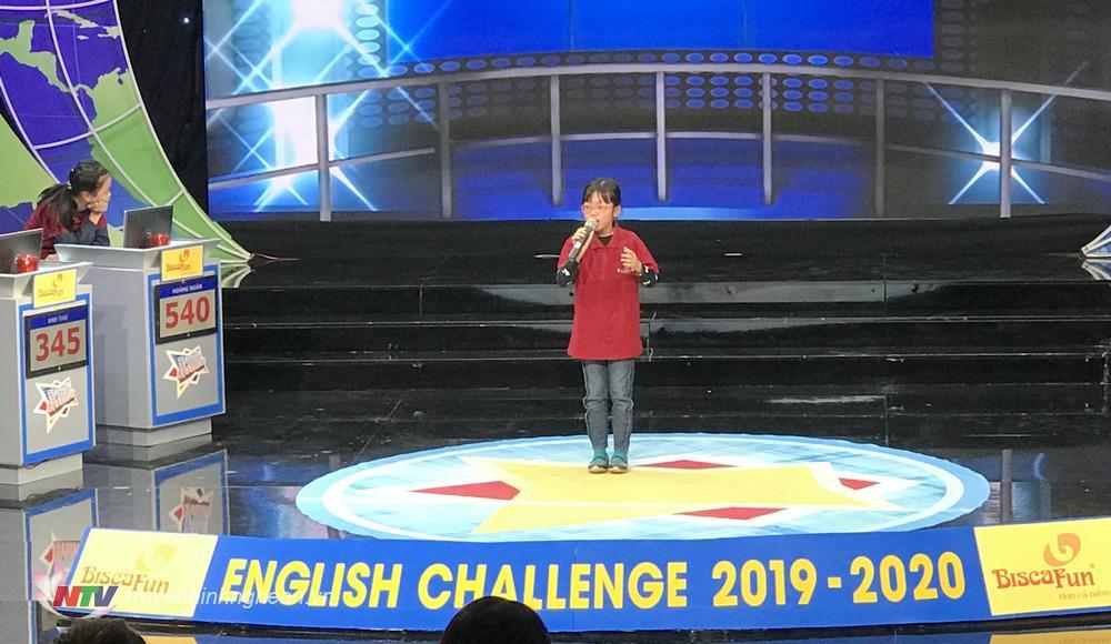 Nguyễn Anh Thư – Học sinh trường Thực hành ĐH Vinh về nhì với số điểm cao nhất của vòng thi tuần chính thức có tên trong vòng thi Quý II.